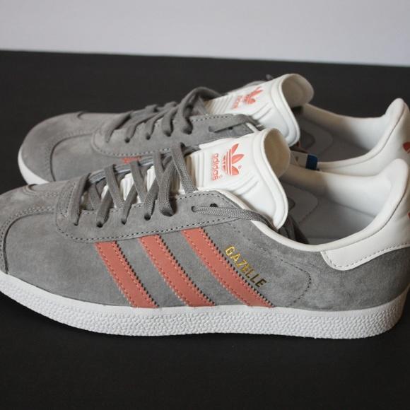 d5625f00dac5 NWT Adidas Gazelle Suede Gray Pink Stripes 7.5